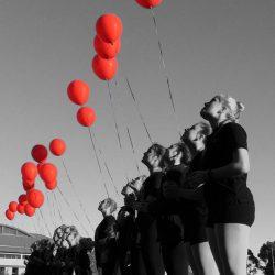 Contemporary dance Baloons